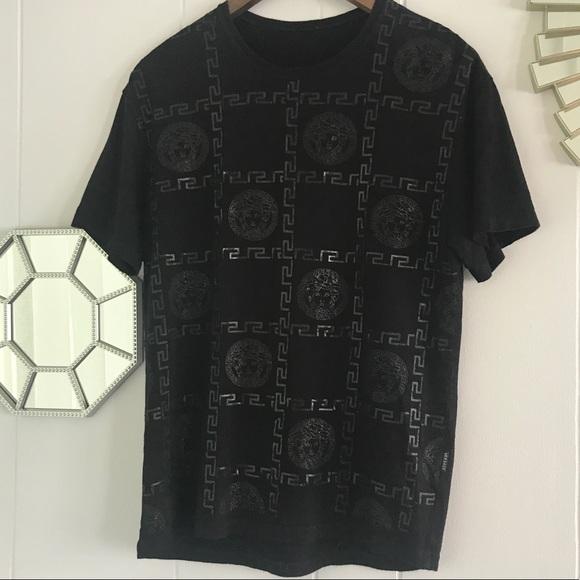 91d537378dc50 Sale Vintage Versace Medusa Monogram Black T-Shirt